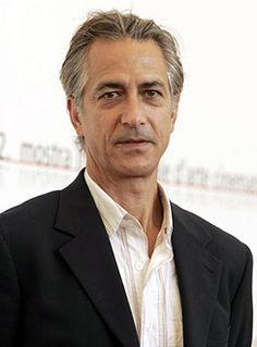 David Strathairn. David was born on 26-1-1949 in San Francisco, California as David Russell Strathairn. He is an actor, known for The Bourne Ultimatum, Lincoln, L.A. Confidential, and Good Night, and Good Luck.