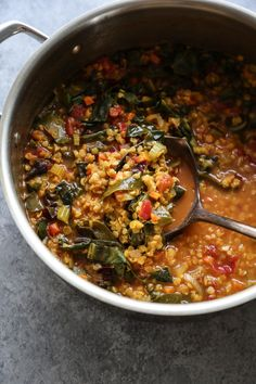 This easy Moroccan Red Lentil Soup recipe is similar to classic harirra but with healthy swiss chard. It's simple, spicy and delicious. Moroccan Lentil Soup, Red Lentil Soup, Clean Eating Snacks, Clean Lunches, Kid Lunches, Eating Vegan, Kid Snacks, Lunch Snacks, School Lunches