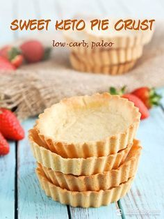 Sweet Keto Pie Crust - low-carb, paleo and so easy to make!