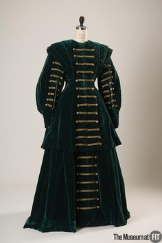 Costume designed by Adrian for Greta Garbo in Queen Christina (1933). From the Museum at FIT via Fripperies and Fobs.