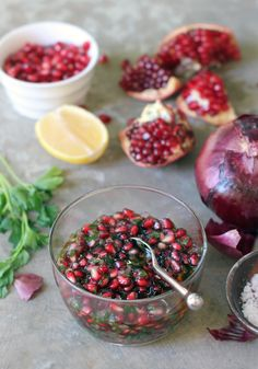 Pomegranate Salsa Recipe based on Lucques Restaurant Pomegranate Recipes, Fruit Recipes, Sauce Recipes, Mexican Food Recipes, Healthy Recipes, Granada, Salsa Recipe, Healthy Side Dishes, Us Foods