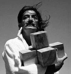 Salvador Dali with hypercube, 1952 by Francesc Català-Roca via Lapse Charles Darwin, Love Photography, Black And White Photography, L'art Salvador Dali, Photo Lovers, Gauguin, Photo Star, Art Moderne, Historical Pictures