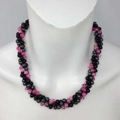 Perlenkette Glasperlen Dreamfactory Hämatit sicher online bestellen Crochet Necklace, Beaded Necklace, Jewelry, Fashion, Glass Beads, String Of Pearls, Beaded Collar, Moda, Jewlery
