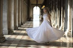 It was my honour to travel to Italy to take wedding photos in Verena & Mark's dream destination - Venice. Wedding Photos, Wedding Photography, Wedding Dresses, Fashion, Marriage Pictures, Wedding Shot, Bride Gowns, Wedding Gowns, Moda