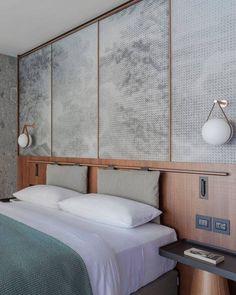 Il Sereno - Contemporary bedroom by Patricia Urquiola Modern Bedroom Design, Contemporary Bedroom, Bedroom Designs, Modern Contemporary, Contemporary Architecture, Contemporary Wallpaper, Staircase Contemporary, Contemporary Gardens, Contemporary Apartment