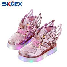어린이 아기 발광 신발 소년 소녀 비행 날개 빛 다채로운 빛나는 운동화 레저 스포츠 크리스마스 할로윈