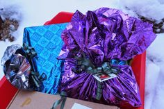 Vaateviidakko: Lahjojen paketointia kierrätysmateriaaleilla Wrapping Ideas, Gift Wrapping, Wraps, Gifts, Gift Wrapping Paper, Favors, Packaging Ideas, Gift Packaging, Presents