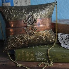Antique Edwardian Purse - Bought a purse like this in a little antique shop in Southern California. gorgeous