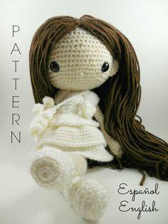Etsy の Maria  Amigurumi Doll Crochet Pattern PDF by CarmenRent