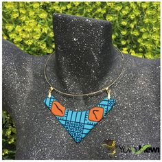Bogolan wax necklace Choker by yovo-mewi - Crew necklaces - Afrikrea Earring Crafts, Jewelry Crafts, Handmade Jewelry, Jewelry Box, Jewellery, African Necklace, African Jewelry, Textile Jewelry, Fabric Jewelry