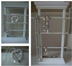 porte bijoux Jewellery Display, Decoration, Bathroom Medicine Cabinet, Organization, Expo, Organizers, Jewelry, Porte Bijoux, Gift Ideas