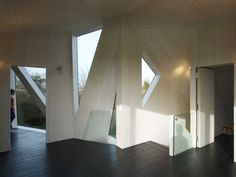 Image 10 of 26 from gallery of Villa Rotterdam / Ooze. Photograph by Jeroen Musch