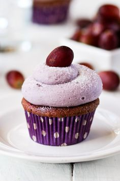 Grape Cupcakes - Confessions of a Cookbook Queen
