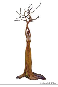 apertura de vida , escultura en madera 250 de altura