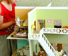 how yo built dollhouse