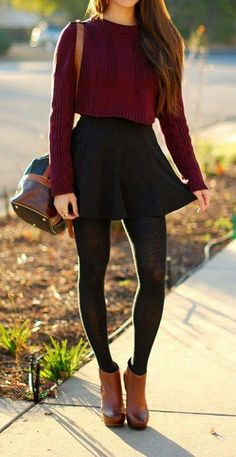 Cute girly autumn look! Outfit Details: Long-Sleeved crop top sweater Skater skirt Tights/leggings High heeled, short boots Cute purse (Matches boots a little) Winter Outfits For Teen Girls, Fall Winter Outfits, Autumn Winter Fashion, Casual Winter, Skirt Outfits For Winter, Cute Outfits For Fall, Fall Fashion For Teen Girls, Dress Winter, Black Skirt Outfits