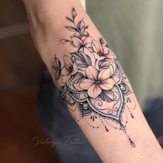 Female Forearm Tattoos 150 Amazing Ideas To Get Inspired T Tattoo id Tattoo . - Female Forearm Tattoos 150 Amazing Ideas To Get Inspired T Tattoo id Tattoo ideen flowertattoos - Beautiful Flower Tattoos, Pretty Tattoos, Sexy Tattoos, Beautiful Flowers, Maori Tattoos, Tatoos, Inca Tattoo, Arabic Tattoos, Top Tattoos