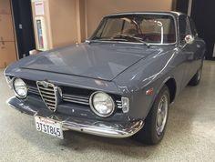 Grigio Grafite: Restored 1967 Alfa Romeo Giulia Sprint GT Veloce