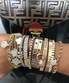 0a16e9d13b4d 1808 imágenes estupendas de Jewelry en 2019