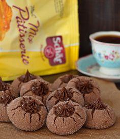 Çocukların çok sevdiği elmas kurabiyeleri bu kezSchär glutensiz unlarıyla hazırladım. Glutensiz unlar nişasta kıvamına daha yakın olduğu için kurabiyelerin gevrek ve hafif bir yapısı oluyor.…