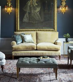 Top 7 Modern Sofas By Beaumont & Fletcher That You Will Covet | Living Room Ideas. Velvet Sofas. #modernsofas #velvetsofas #livingroomideas Read more: http://modernsofas.eu/2016/09/13/modern-sofas-beaumont-fletcher-covet/