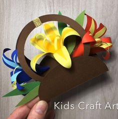 Paper flower card for mom crafts for kids Paper Flowers Craft, Flower Crafts, Paper Crafts, Diy Paper, Cute Crafts, Diy Crafts For Kids, Kids Diy, Happy Birthday Fun, Special Birthday