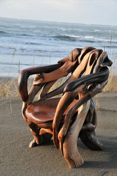 chair ~ Jeff Uitto ~ Knock On Wood Gallery Saddle Up Horse Driftwood Furniture Designs Driftwood couch - only. WOW S Chair by Tom Vaughan Knock on Wood Driftwood Sculpture, Driftwood Art, Knock On Wood, Knock Knock, Saddle Chair, Driftwood Furniture, Like Animals, Bored Panda, Furniture Design