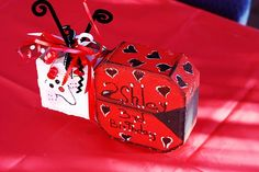 Image detail for -Ladybug Birthday Party Painted Pavers, Painted Bricks, Painted Stones, Valentine Crafts, Christmas Crafts, Valentines, Brick Crafts, Decorative Painting Projects, Brick Art