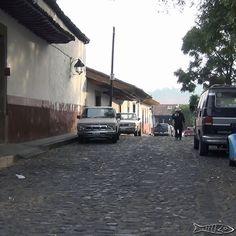 Calle Jardin de la Basilica Centro histórico Pátzcuaro  #patzcuaro #pueblomagico