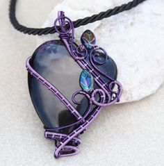Black heart pendant/Wire wrapped pendant/Gift for girlfriend/Gemstone pendant/Gothic jewelry/Boho necklace/Valentine gift/Gothic necklace by Ianira on Etsy