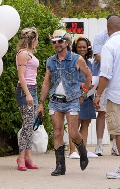 Heidi Klum's white trash party...haha for real? cause that's an awesome party theme.