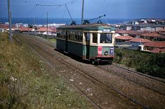 Maroubra Tram Looking east over Maroubra Beach. Metro Rail, Sydney Beaches, Buses And Trains, Public Transport, Historical Photos, Locomotive, Abandoned, Melbourne, The Past
