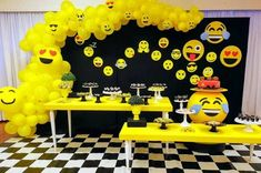 CHEAP PARTY SUPPLIES UK celebrate your party with our emoji party supplies offered by cheappartyshop…. Emoji Party Supplies, Cheap Party Supplies, Online Party Supplies, Emoji Decorations, Kids Party Decorations, Backyard Birthday Parties, Birthday Party Games, Emoji Theme Party, Starling