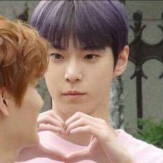 "doyoung memes (bc he's the meme machine of nct)"" K Meme, Funny Kpop Memes, Exo Memes, Nct 127, Meme Faces, Funny Faces, Taeyong, Jaehyun, K Pop"