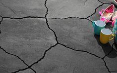 GeoAlivo Milano. Deze unieke steen is ook verkrijgbaar in de kleuren: Roma, Riviera en Cannobio. U zult het niet direct verwachten maar deze steen bestaat maar uit één formaat: een vijfhoekig model met natuurlijke 'geschuurde' kanten. Deze modellen passen perfect in elkaar en hiermee kunt u het terras zo groot maken als u zelf wilt.