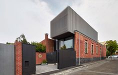 Julie Firkin Architects design a contemporary brick and metal house in Fitzroy Melbourne - CAANdesign