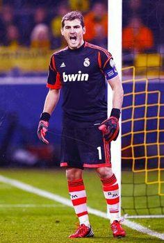 Iker casillas real madrid goal tender
