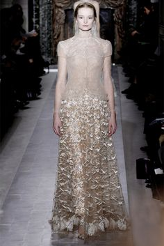 Valentino Parigi - Haute Couture Spring Summer 2013 - Shows - Vogue.it