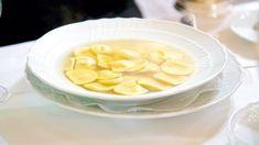 Come preparare gli anolini piacentini in brodo. Gli Anvein, ricetta da Piacenza http://winedharma.com/it/dharmag/marzo-2014/anolini-piacentini-brodo-la-ricetta-originale-dellantica-trattoria-giovanelli
