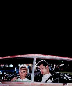 Grease so iconic. 80s Movies, Iconic Movies, Series Movies, Classic Movies, Good Movies, Movie Tv, Grease 1978, Grease Movie, Sandy And Danny