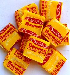 Wilson's banana toffees / childhood memories / remember this / onthou / kinderdae South African Desserts, South African Recipes, Old Fashioned Sweets, 80s Food, Chocolate Toffee, Good Old Times, Food Gifts, International Recipes, Wine Recipes
