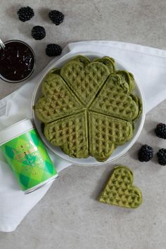 Matcha Waffles Matcha, Waffles, Tea, Breakfast, Inspiration, Food, Morning Coffee, Biblical Inspiration, Essen