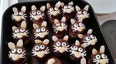 Kleine Kuchen im Waffelbecher// süße Snackideen für kinder #funfood #kids #eat…