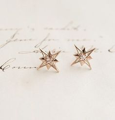 Pendientes de oro forma estrella #Earrings