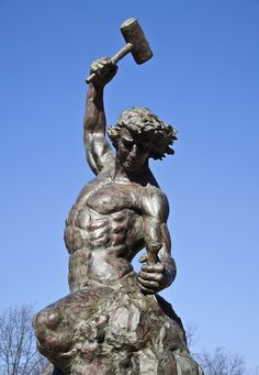 Self made Man statue UNC Charlotte Campus