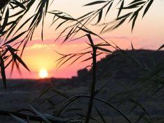 Det ligger håp i en vakker natur. Celestial, Sunset, Outdoor, Fantasy, Outdoors, Sunsets, Outdoor Games, The Great Outdoors, The Sunset