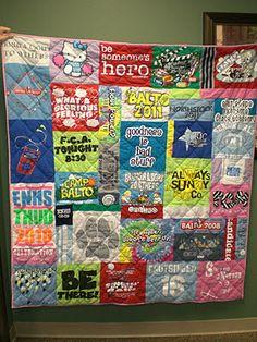 way different approach than last time =) - Senior Shirts - Ideas of Senior Shirts - Tshirt Quilt! way different approach than last time =) T-shirt Quilts, Rag Quilt, Quilt Top, Quilt Blocks, Girls Quilts, Quilting Projects, Quilting Designs, Sewing Projects, Quilting Ideas