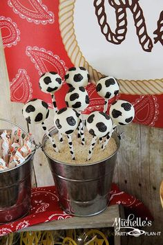 Cowboy Roundup themed birthday party with So Many fabulous ideas via Kara's Party Ideas! Full of decorating tips, cupcakes, favors, printabl...