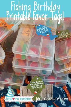 Kids birthday party favors customize labels personalized rainbow goodie friends 25 Treat Bags of 8 Unicorn Crayons goody magical