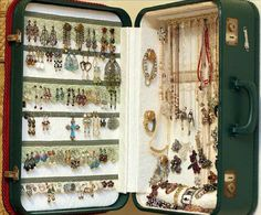 suitcase jewelry display 15 Amazing DIY Jewelry Holder Ideas to Try Jewellery Storage, Jewelry Organization, Jewellery Display, Jewellery Box, Jewelry Tree, Body Jewelry, Hanging Jewelry, Cat Jewelry, Jewelry Rings